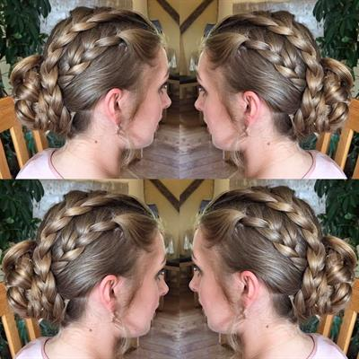 bridesmaid plaited up do