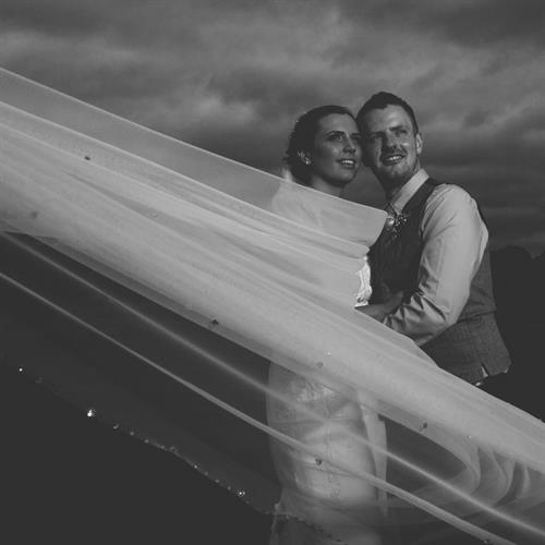 Bride and groom taken by wedding photographer Everybody Smile Photography
