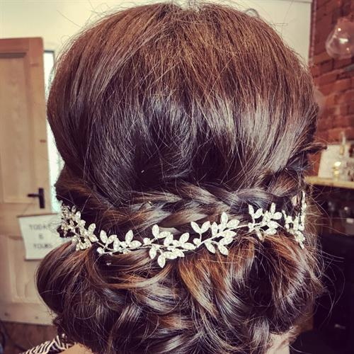 Pretty boho bridal hair