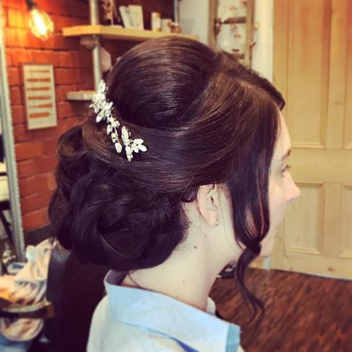 Glam bridal hair up