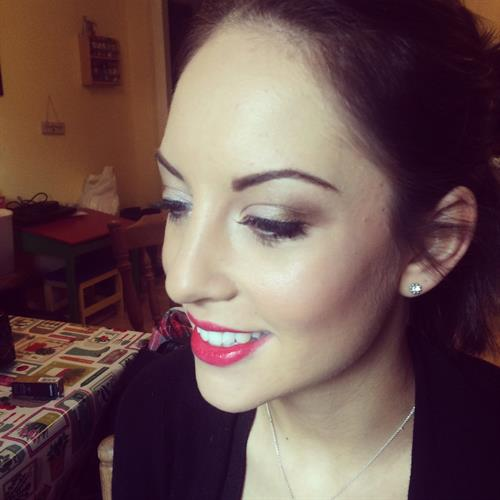 vintage style make up suitable for bridal or prom make up. Classic make up with red lips