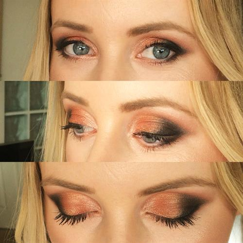 Smokey eye make up perfect for a night out or prom!