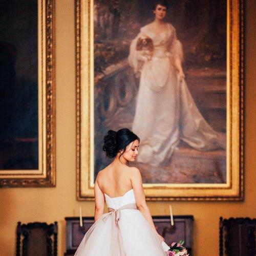Amazing wedding photography at Stoneleigh Abbey. Bridal hair by Suezanna Ward